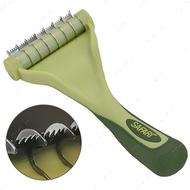 Инструмент для короткой и средней линяющей шерсти котов Safari Shed Magic
