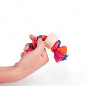 Эко-игрушка в виде каната с 2-мя узлами и деревянной насадкой