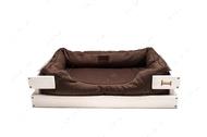 Лежак с деревянным каркасом белого цвета и мебельной рогожкой коричневого цвета Dreamer White + Brown