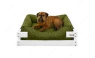 Лежак с деревянным каркасом белого цвета и мебельной рогожкой оливкового цвета Dreamer White + Olive