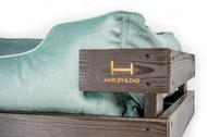Лежак с деревянным каркасом коричневого цвета и велюровой лежанкой цвета тиффани Dreamer Brown + Tiffany Velur