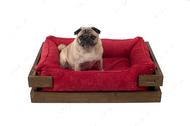 Лежак с деревянным каркасом натурального цвета и вельветовой красной лежанкой Dreamer Nature + Red Velvet