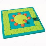 Игрушка головоломка для собак мультипазл Nina Ottosson MultiPuzzle Dog